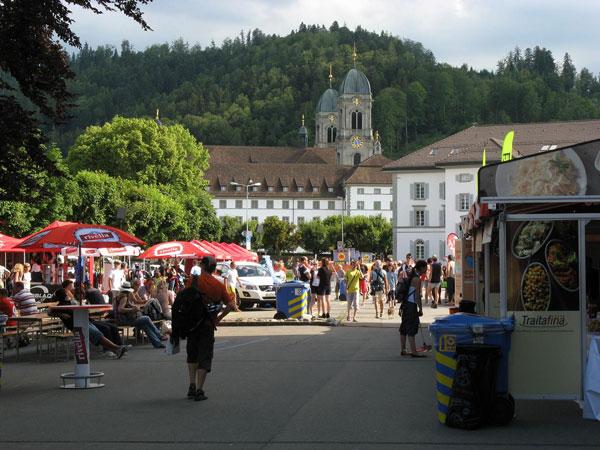 Två timmar före start, Swiss Inline Cup i Einsiedeln, 2009-07-04.